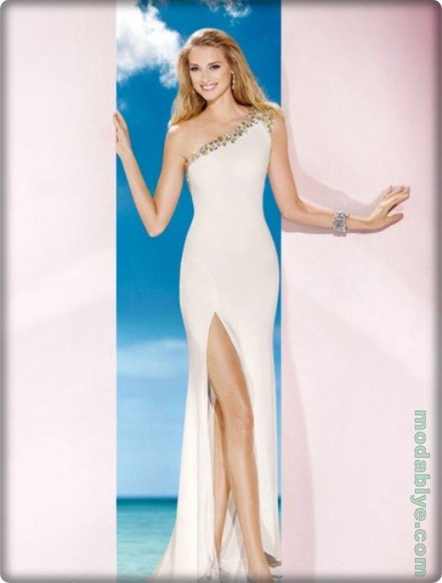Tek omuz beyaz askılı abiye elbise