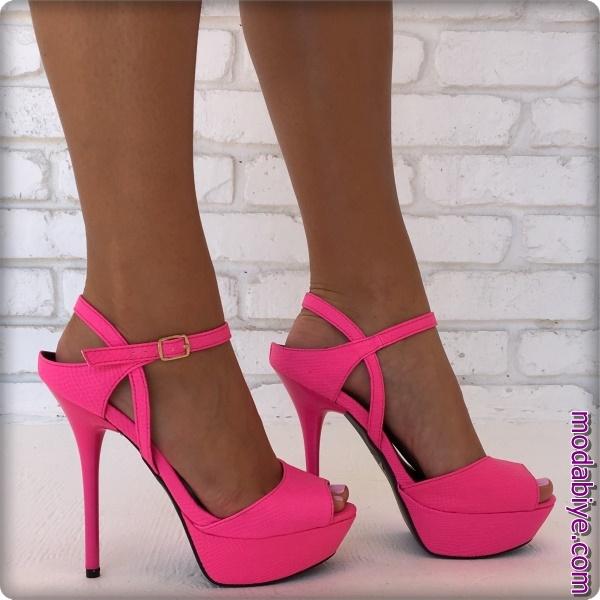 Topuklu pembe ayakkabı modelleri