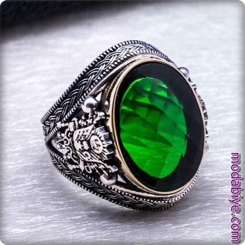 Yeşil taşlı Osmanlı tuğrası yüzük