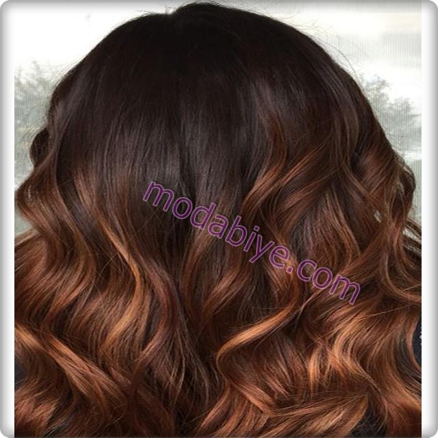 Kahverengi kına saç rengi