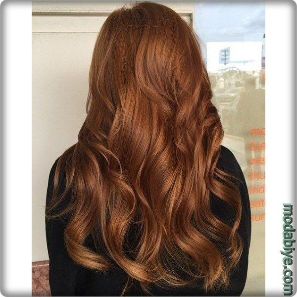 Koyu kahverengi saçlar