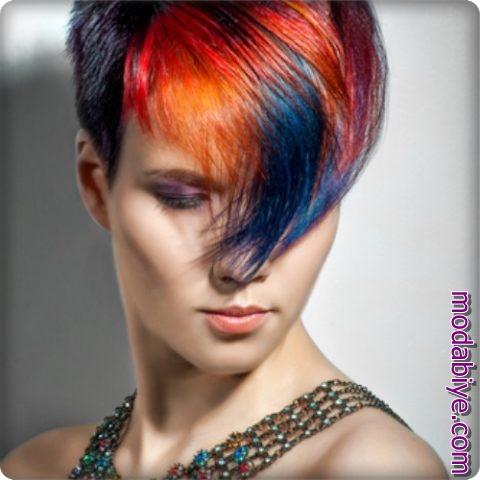 Parlak renkli kısa pixie saç modelleri