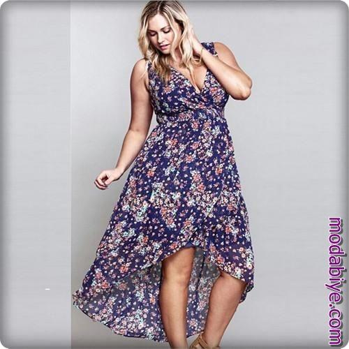 Kilolu bayanlar için çiçekli elbise tercihleri