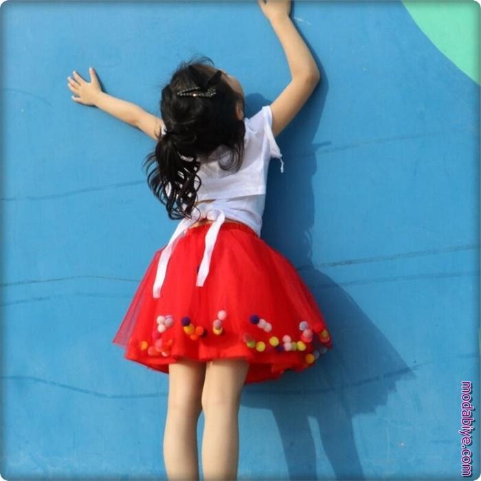 Kırmızı çocuk balon etek modelleri