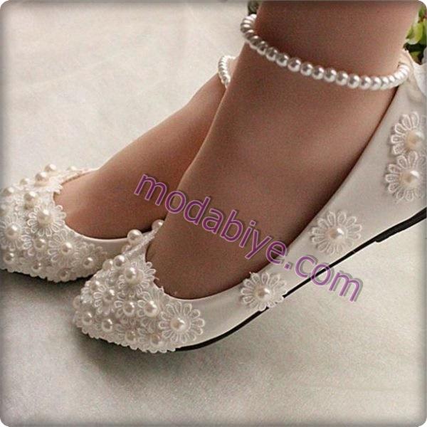 Topuksuz gelinlik ayakkabıları