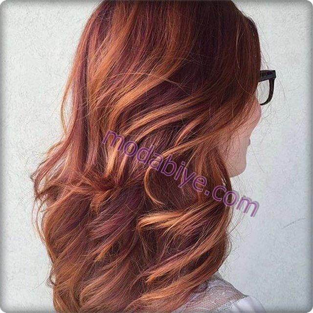Kınayla bakır renk saç rengi
