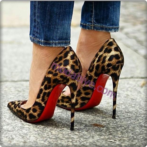 Leopar desenli stiletto ayakkabı modelleri