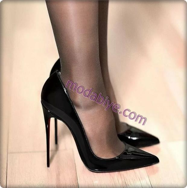 Siyah parlak deri ince topuklu stiletto modelleri