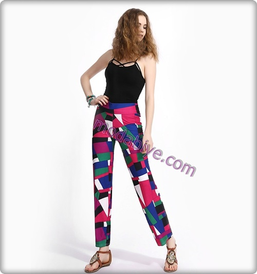 Yüksek bel renkli desenli pantolon kombinleri