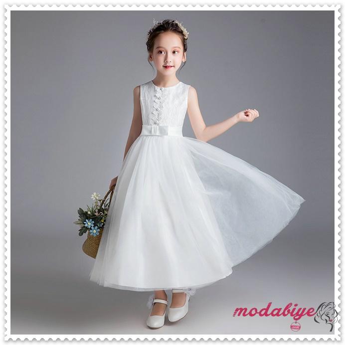 Beyaz çiçek desenli çocuk abiye elbise modelleri